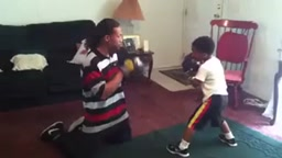 OMFG! 5 Year Old Has Better Boxing Skills than most Grown Ups