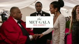 WATCH:Diddy and Cassie On the Red Carpet at the Met Gala 2015