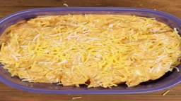 Um UM GOOD!! Learn How to Make this Delicious Buffalo Chicken Dip in 30 Seconds!