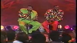 Soul Train Classic Performance Gerald Levert & Eddie Levert Baby Hold On To Me