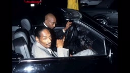 Snoop Dogg talks Tupac smashing his main chick (FUNNY)