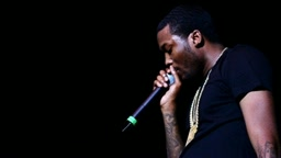 Meek Mill - Ooouuu (Remix) [The Game Diss] ft. Omelly & Beanie Sigel