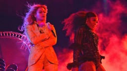 Beyonce Brings Out Serena Williams at Last Formation Show