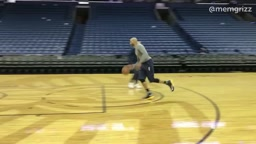 Vince Carter Can STILL Dunk throw the Legs at 40 years old!